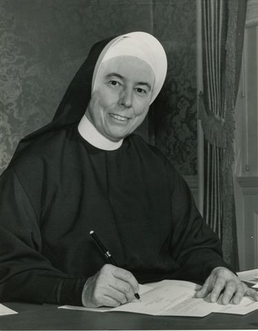 Sister-Eileen-MariePresident-LHC042.jpg