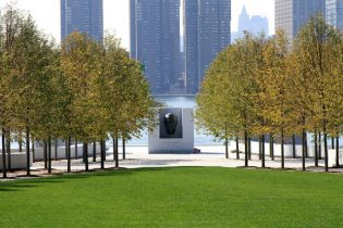 Seen in this photo id Four Freedoms Park. One can see the two rows of trees in the garden leading to the bronze bust of Franklin D. Roosevelt.