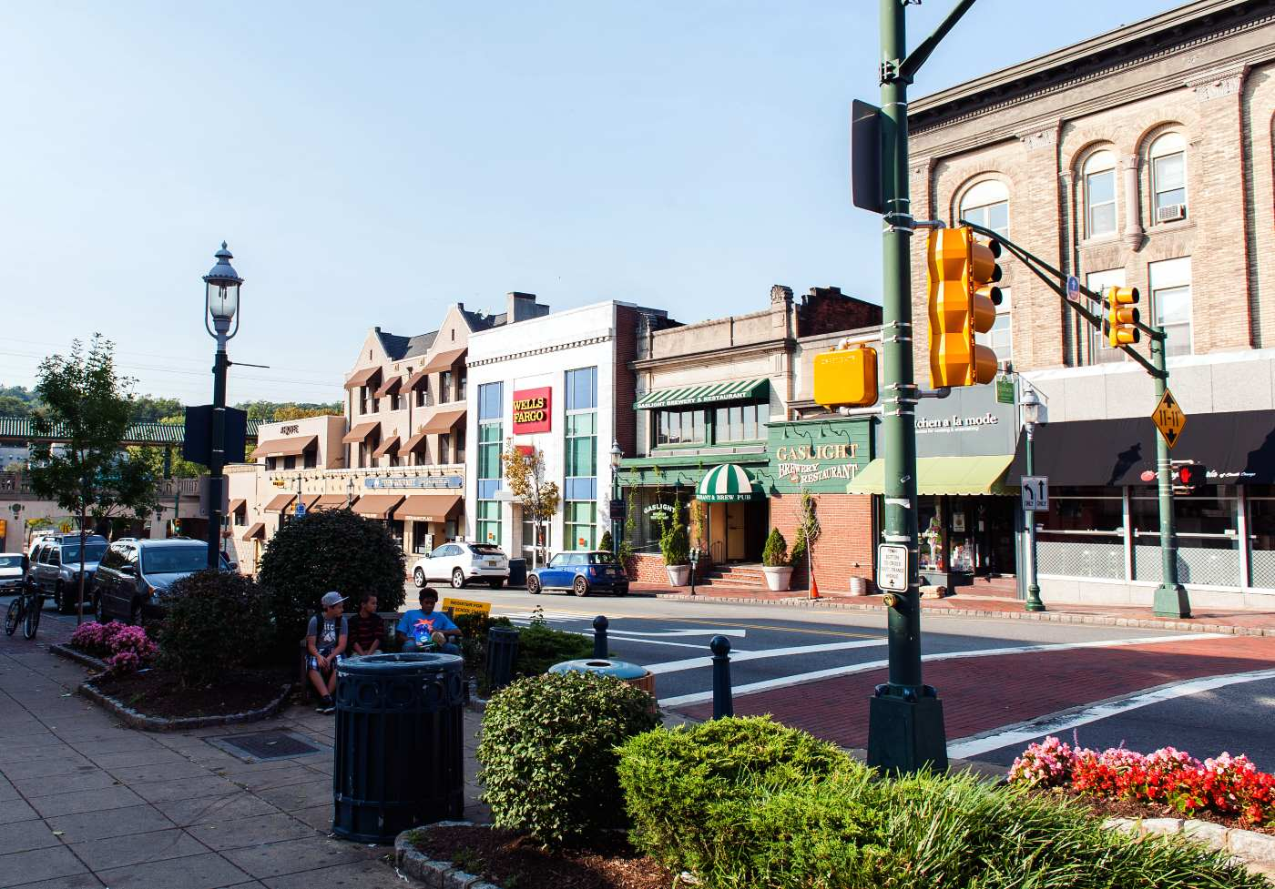South Orange, Essex County Is A Premier New Jersey Urban Suburb, With  Historic Housing, A Vibrant Downtown And Home To Seton Hall University.