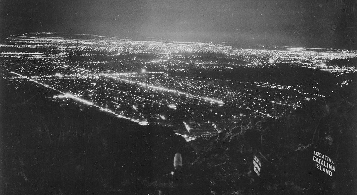 Los Angeles Blackout Shrouded in Confusion