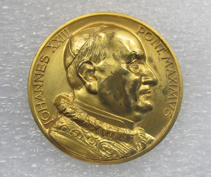Object of the Week: Medal Commemorating the Opening of the Second Vatican Council