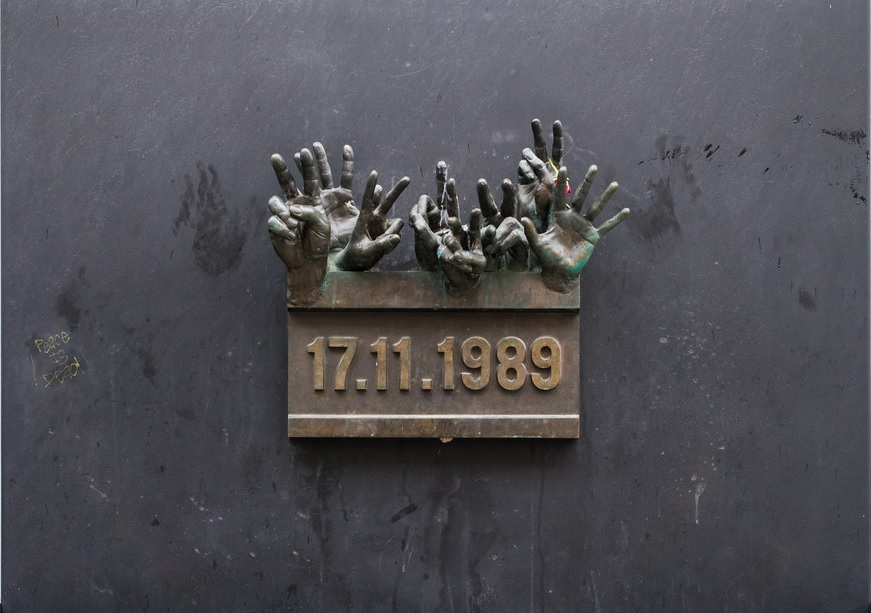 Commemorating the 30th Anniversary of the Velvet Revolution